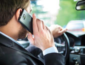 conduciendo con el móvil