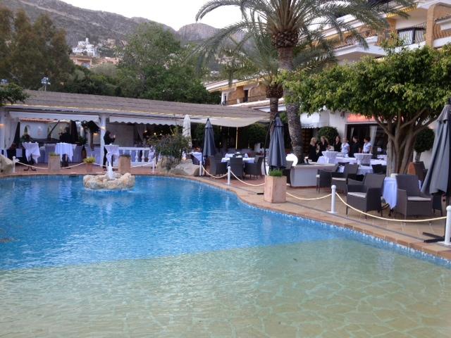 As se hace un blog trip calpemocion luces y sombras de las marcas - Restaurante puerto blanco calpe ...