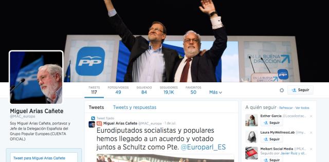 Políticos en Redes Sociales